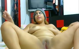 Latina Lesbians Having Divertissement