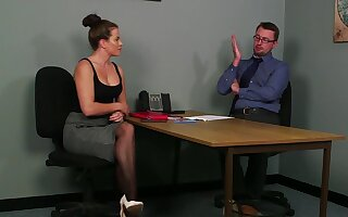 Heavy ass girl gets intimate in spicy office CFNM