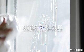 Business Or Respect - Hayli Sanders & Jia Lissa - VivThomas