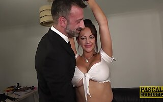 Shrewd orgasms of this busty wife fro a kinky home play